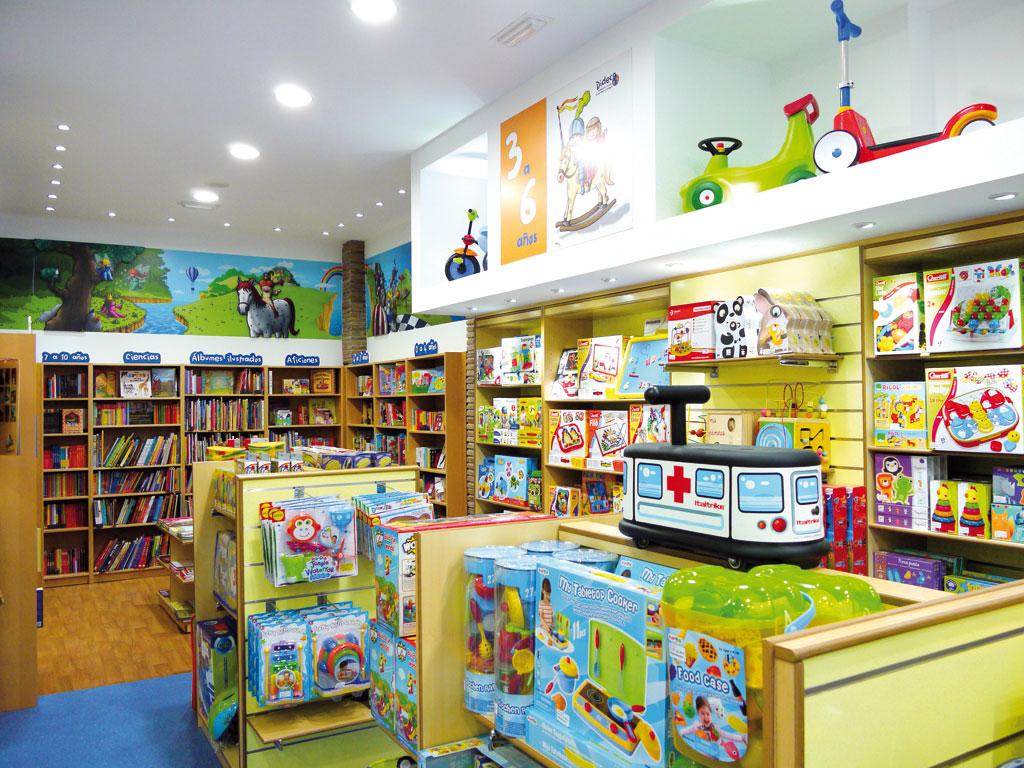 Las tiendas de juguetes necesitan un préstamo de negocio para captar los reembolsos de las declaraciones de impuestos